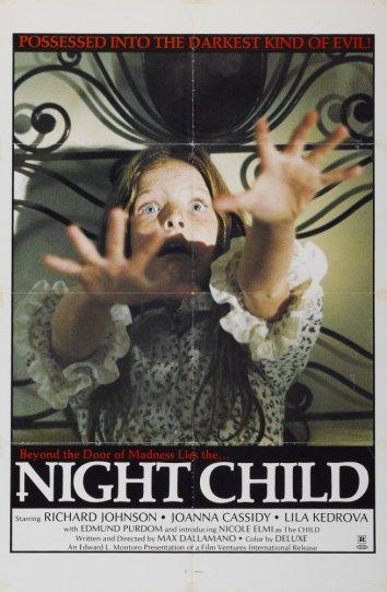 Смотреть Ночное дитя / Окровавленный медальон онлайн в HD качестве 720p